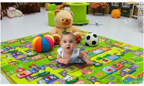 thảm xốp cho em bé